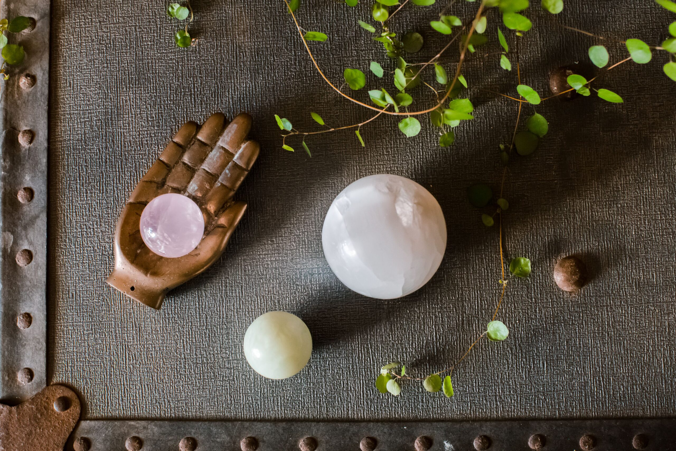 What is Crystal Globe in Feng Shui and How it works